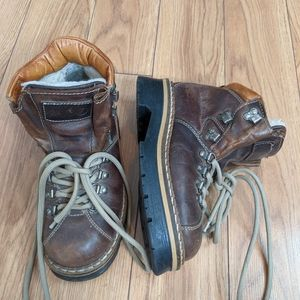 Aldo - vintage leather brown hiking ankle  boots with laces